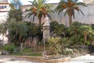 Sitges - Monument al Doctor Robert