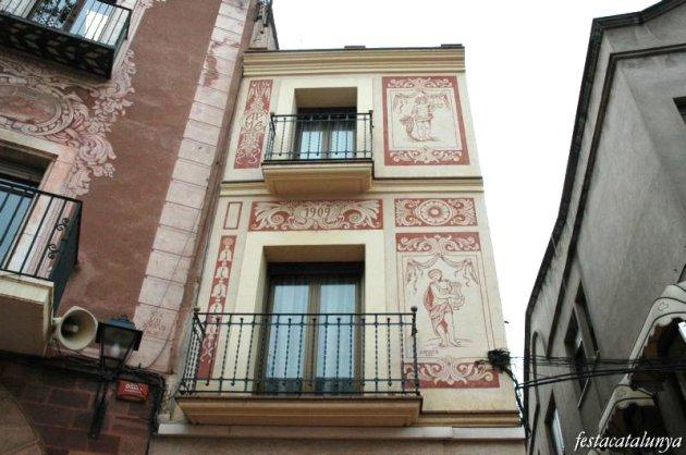 Martorell - Esgrafiats de Jaume Amat Plaça de la Vila, any 2000