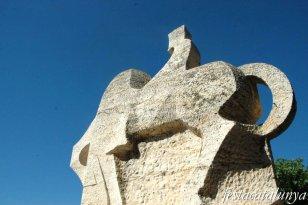 Cardona - Escultura comte Borrell II de Subiracs
