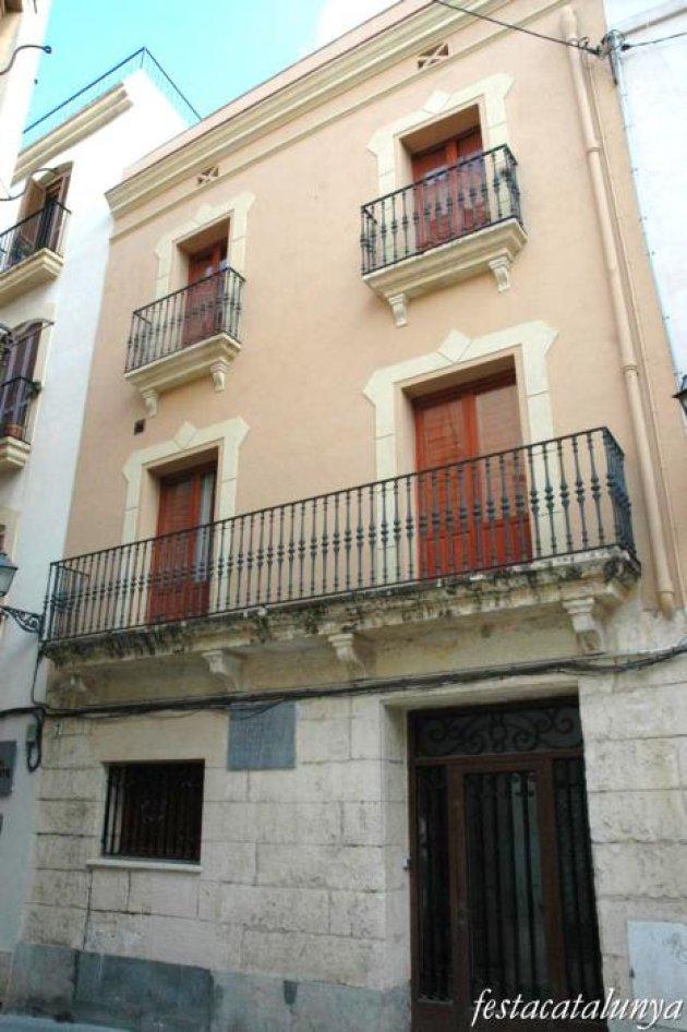 Torredembarra - Nucli Antic, Casa Natal Joan Güell