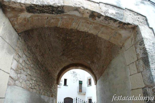 Torredembarra - Cal Xeco, castell de Clarà