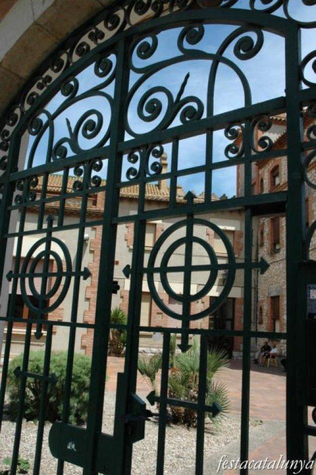 Sant Pere de Ribes - El redós de Sant Josep i Sant Pere