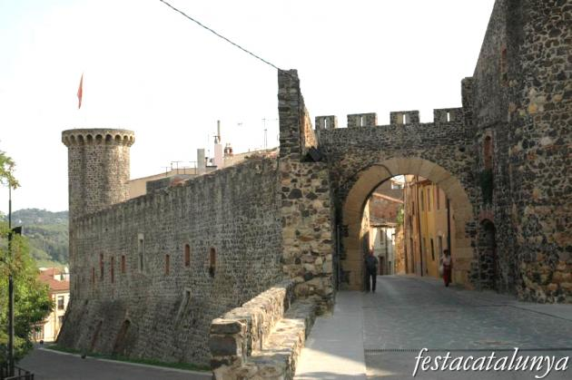 Hostalric - Portal de Barcelona