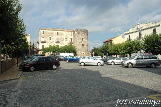 Hostalric - Plaça dels Bous