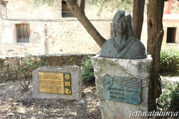 Anglès - Monument a Francesca Bernades