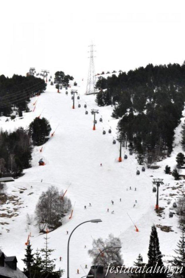 Baquèira Beret (Naut Aran) - Nucli, instal·lacions estació d'esquí