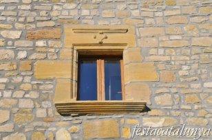 Santa Coloma de Queralt - Casal de la família Requesens a les Roques