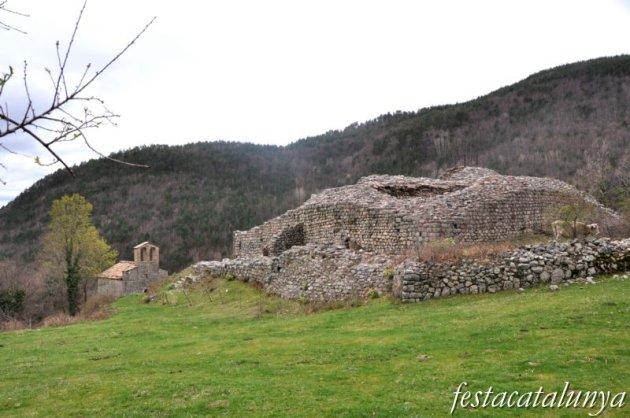 Gombrèn - Castell de Mataplana i església de Sant Joan
