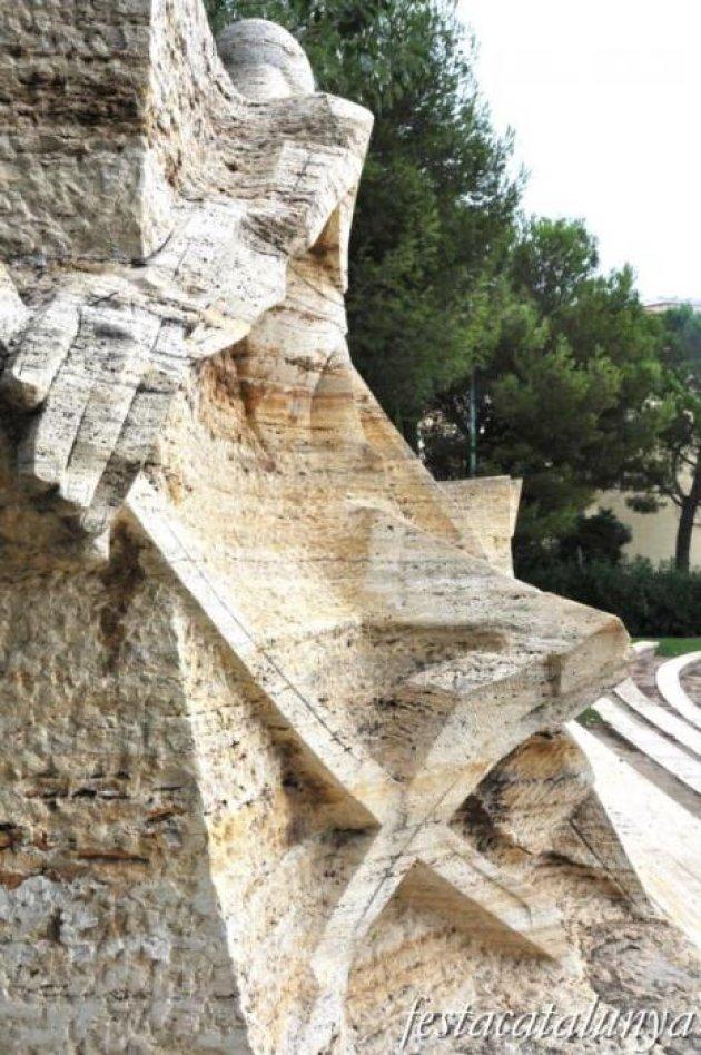 Vendrell, El - Monument a Pau Casals a Sant Salvador