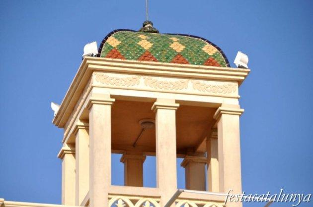 Vendrell, El - Plaça Nova (Casa Palau Rabassó i Museu Deu)