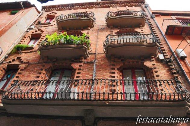 Berga - Casa Barons al carrer Major