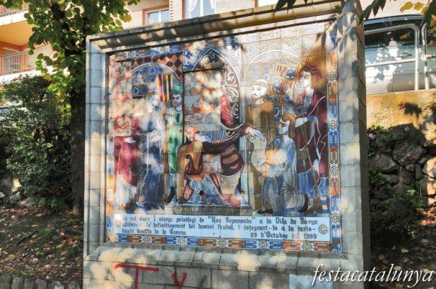 Berga - Monument a la concessió del privilegi de vila reial