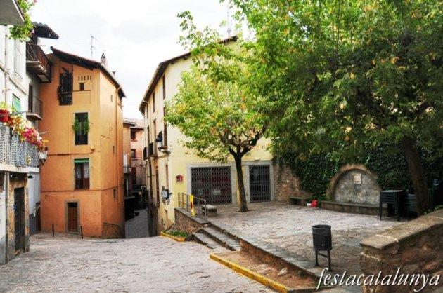 Berga - Nucli antic (Plaça de Maragall o de les Fonts de Dalt)