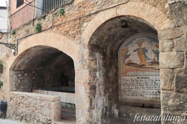 Berga - Nucli antic (Safareig del carrer de la Pietat)