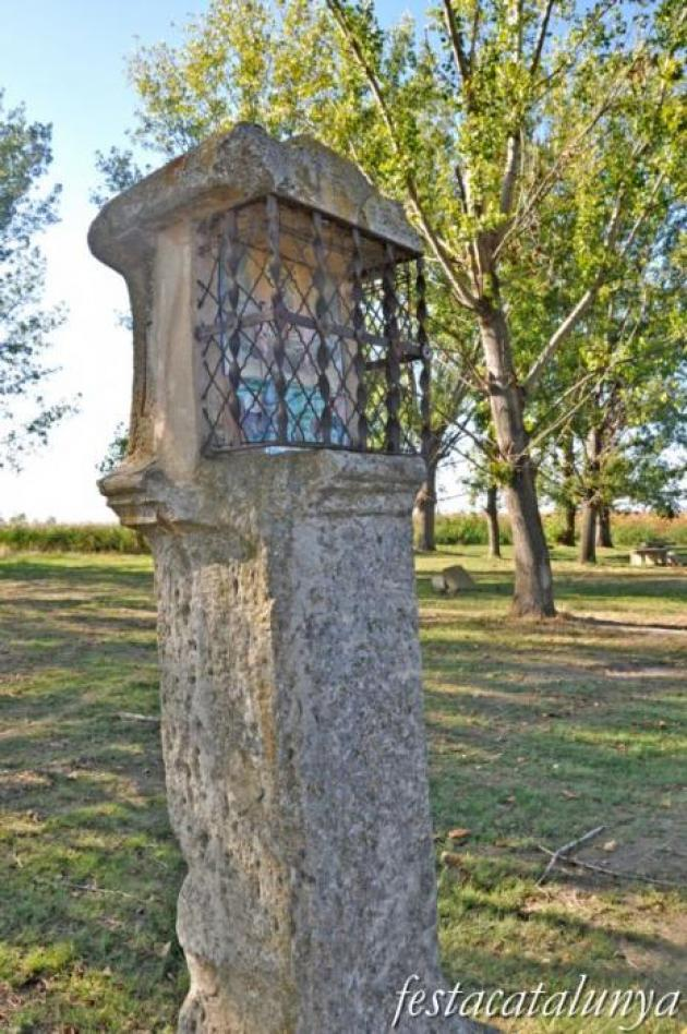 Bellvís - Pilar de l'Anunciació a l'Ermita del Miracle
