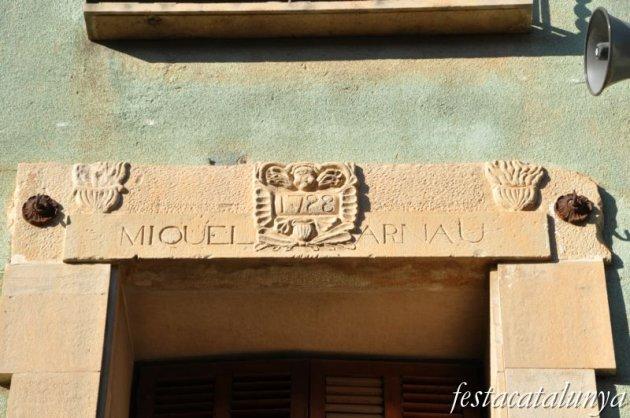 Bell-lloc d'Urgell - Ca la Fam