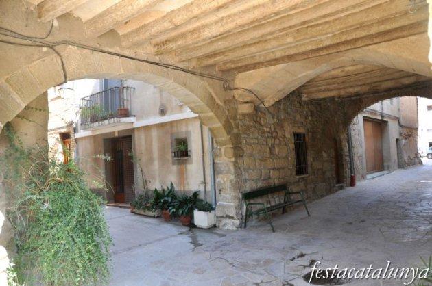 Fuliola, La - Lo portal de la vila closa