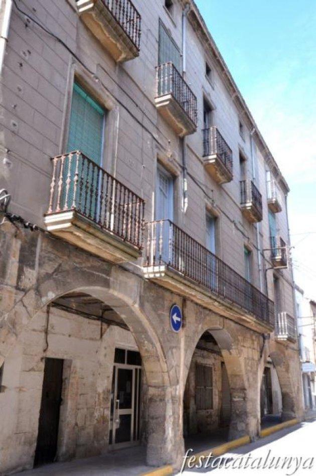 Bellpuig - Nucli antic (Porxos de la Plaça Sant Roc)