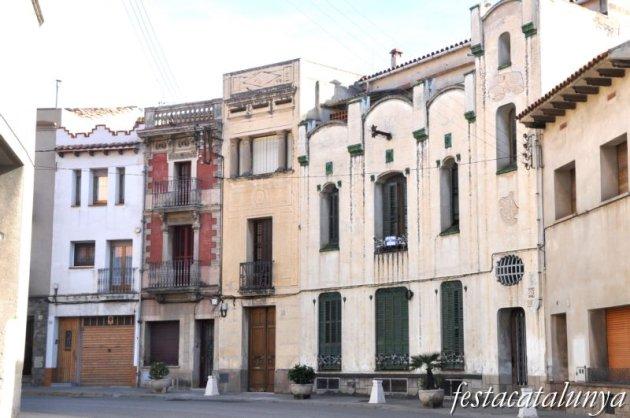 Sant Feliu de Codines - Edificis de l'Avinguda Catalunya (Can Puigdomènec)