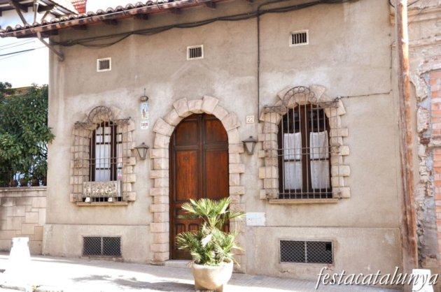 Sant Feliu de Codines - Edificis de l'Avinguda Catalunya (Can Tarin)