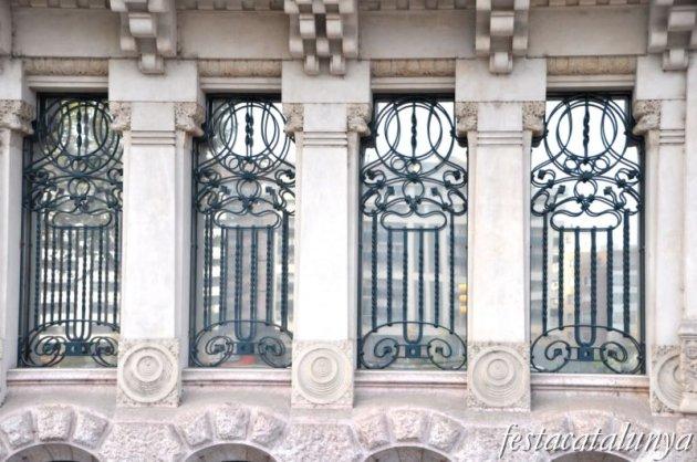 Lleida - Edifici Pal·les (Avinguda Blondel)