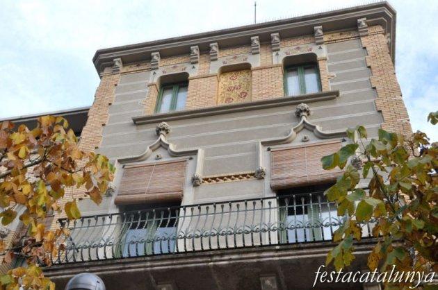 Lleida - Rambla d'Aragó (Antiga Escola Caixa d'Estalvis i Mont de Pietat)