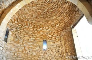 Calafell - Església de la Santa Creu del castell de Calafell