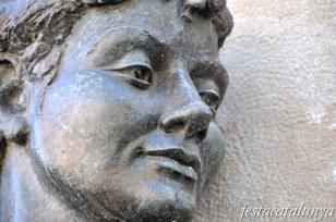Barberà del Vallès - Grup escultòric de la Plaça de la Vila