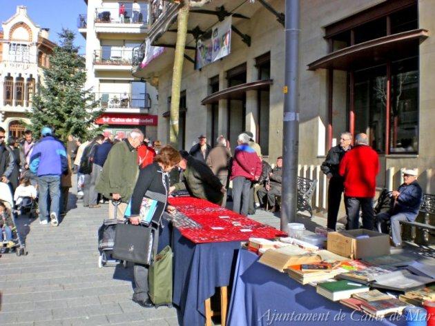 Canet de Mar - Metcat d'Intercanvi, venda de segona mà i Col·leccionisme i Trobada d'Intercanvi de plaques de cava (Foto: Ajuntament de Canet de Mar)