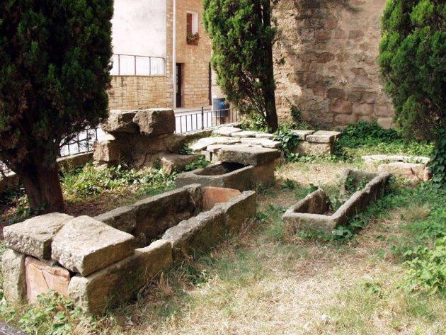 Prats de Rei, Els - Necròpilis de l'església parroquial