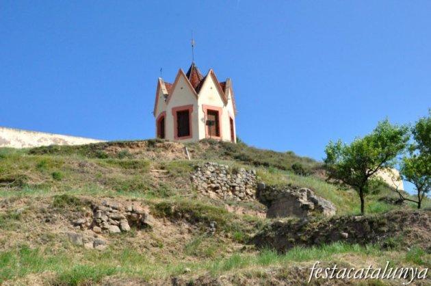 Sant Feliu Sasserra -Serrat de les Forques