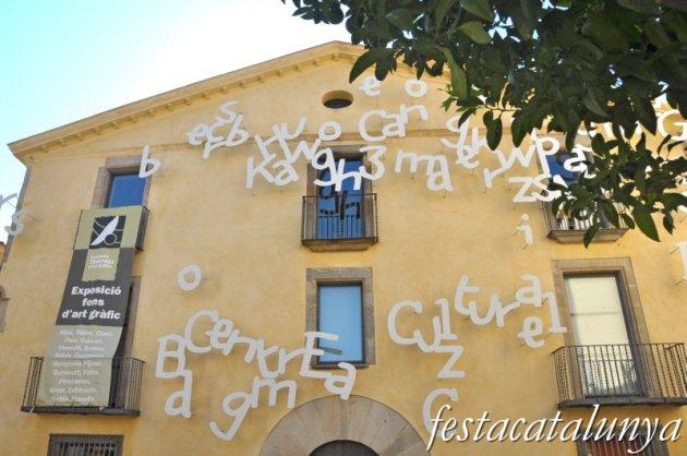 Pineda de Mar - Can Comes o Fundació Tharrats d'Art Gràfic