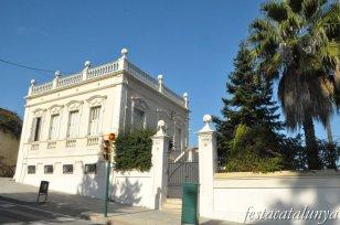Sant Boi de Llobregat - Carretera de Sant Climent (Casa números 24 i 26)