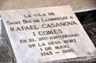 Sant Boi de Llobregat - Església parroquial de Sant Baldiri (Sepultura de Rafael Casanova i Comes)