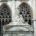 Claustre i Monument funerari de Jaume Balmes