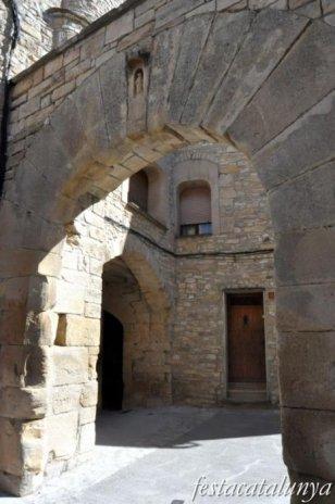Conesa - Nucli antic (Portal de Santa Maria)