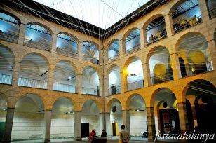 Olot - Museu Comarcal de la Garrotxa a l'Antic Hospici d'Olot