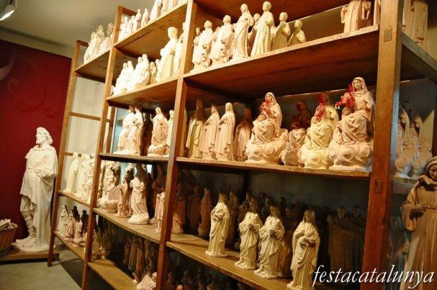 Olot - Museu dels Sants a la casa Vayreda d'Olot