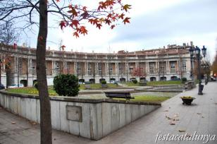 Olot - Plaça Manuel Malagrida