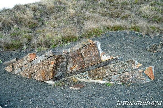 Olot - Estrats de Reserva, 1998