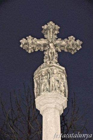 Olot - Creu de terme