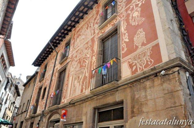 Moià - Esgrafiats del carrer Sant Antoni