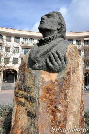 Sant Quirze del Vallès - Nucli antic (Monument a Rafael Casanova)