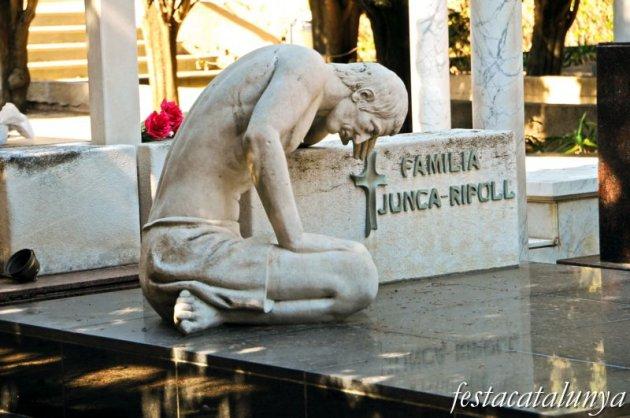 Arenys de Mar - Hipogeu de la família Juncà-Ripoll