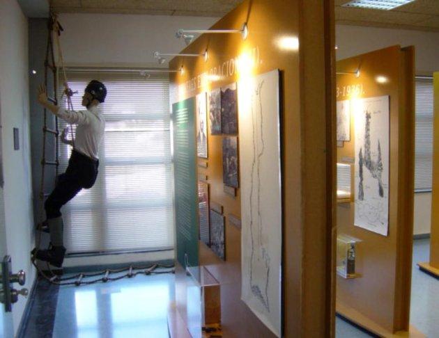Olesa de Bonesvalls - Exposició permanent: El Garraf, Bressol de l'Espeleologia Catalana