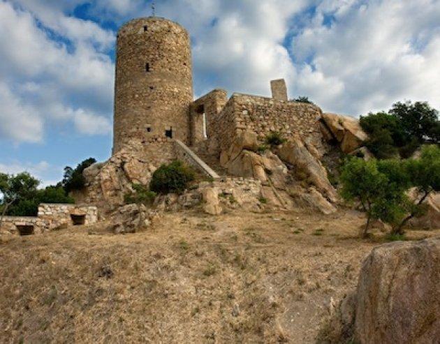 Cabrera de Mar - Castell de Burriac (Foto: Ajuntament de Cabrera de Mar)