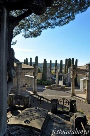 Cardedeu - Panteó família Llibre (Cementiri municipal)