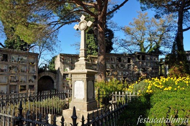 Cardedeu - Panteó família Matas-Diumer (Cementiri municipal)