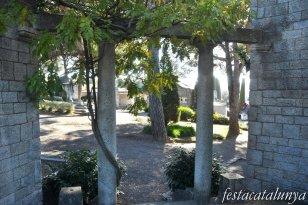 Cardedeu - Pèrgola (Cementiri municipal)