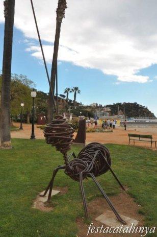 Blanes - Escultura Treball de Formigues